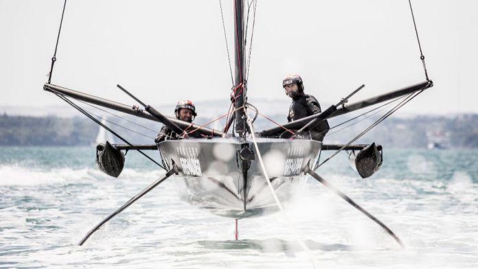 Ineos Team UK , prototipo para America's Cup