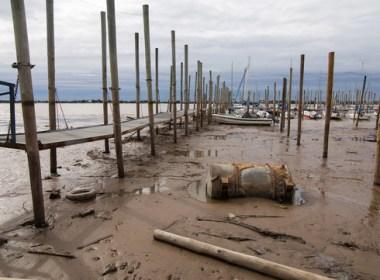 El río Paraná en nivel bajísimo. Posible daño ecológico