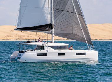 Nuevo Catamarán Laggon 46