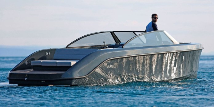 nuevo Leisure 28 Electric, Rand Boats