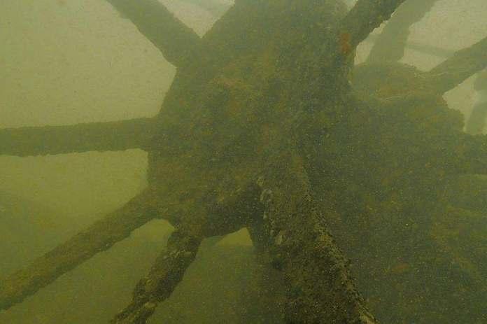 Barco hundido rio parana
