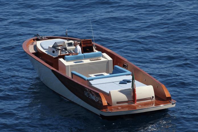 Lancha Wooden Boats WB40 Classic