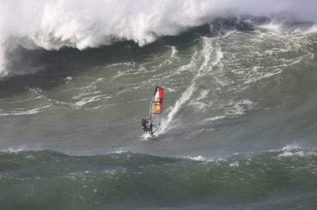 ola gigante windsurf