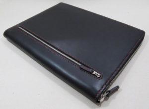 ラウンドファスナーA4-4穴バインダー&iPad9.7ケース5