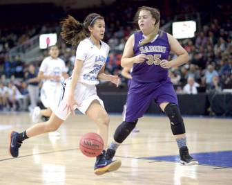Navajo Times | Donovan Quintero Window Rock Lady Scout Jana Solee (32) moves down the court against a guarding Sabino Lady Sabercat Monday at the Prescott Valley Events Center in Prescott Valley, Arizona.