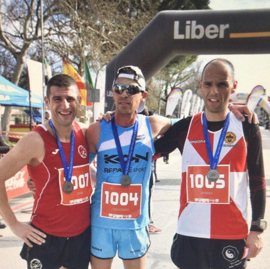 El CD Navalmaratón estuvo en Badajoz, Cáceres y Coslada