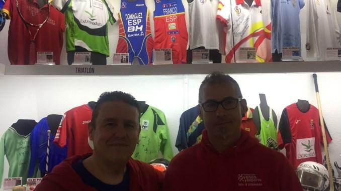 Toni Franco visita el Museo Extremeño del Deporte - MED, colección José Luis Vela y Lourdes Garzón