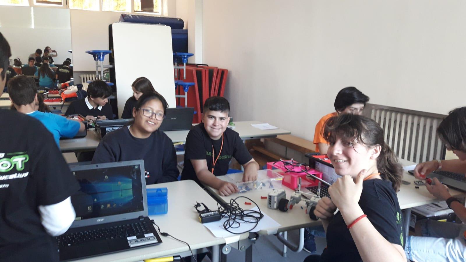 Robótica World Robot Olympiad