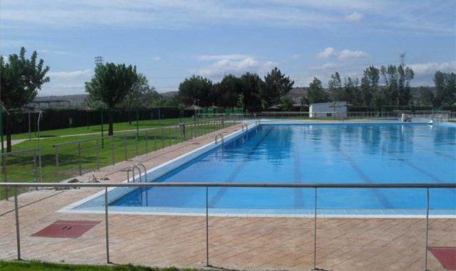 El-14-de-junio-abre-la-piscina-municipal-640x480