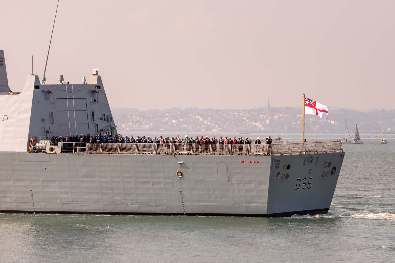 hms defender - naval post- naval news and information