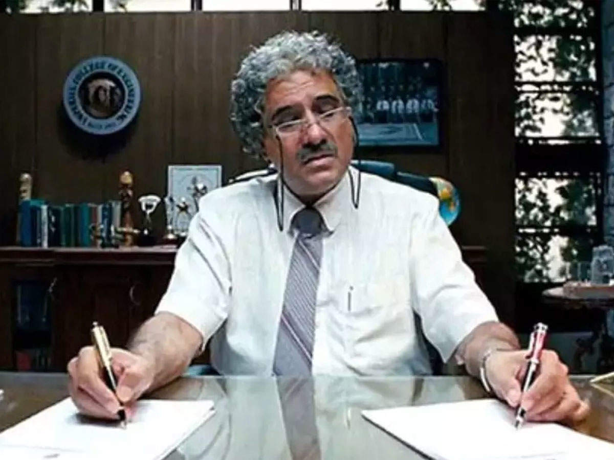 11 years of '3 Idiots': Boman Irani said- 'Virus' was difficult to roll