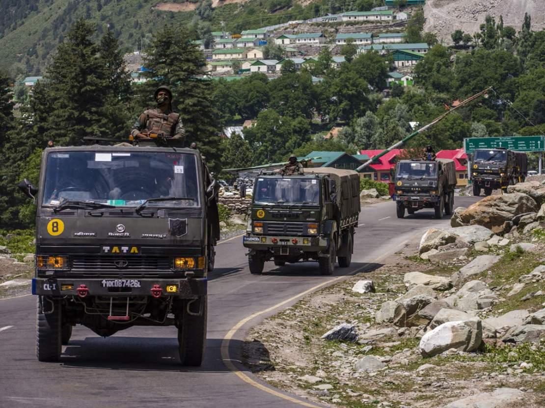 गलवान घाटी में भारत-चीन की सेनाओं में झड़प