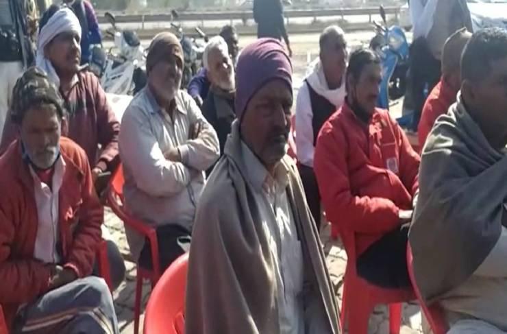 किसान आंदोलन के खिलाफ एकजुट हुए 35 गांवो के लोग, महापंचायत कर किसान नेताओं से कहा जल्द खाली करें हाइवे