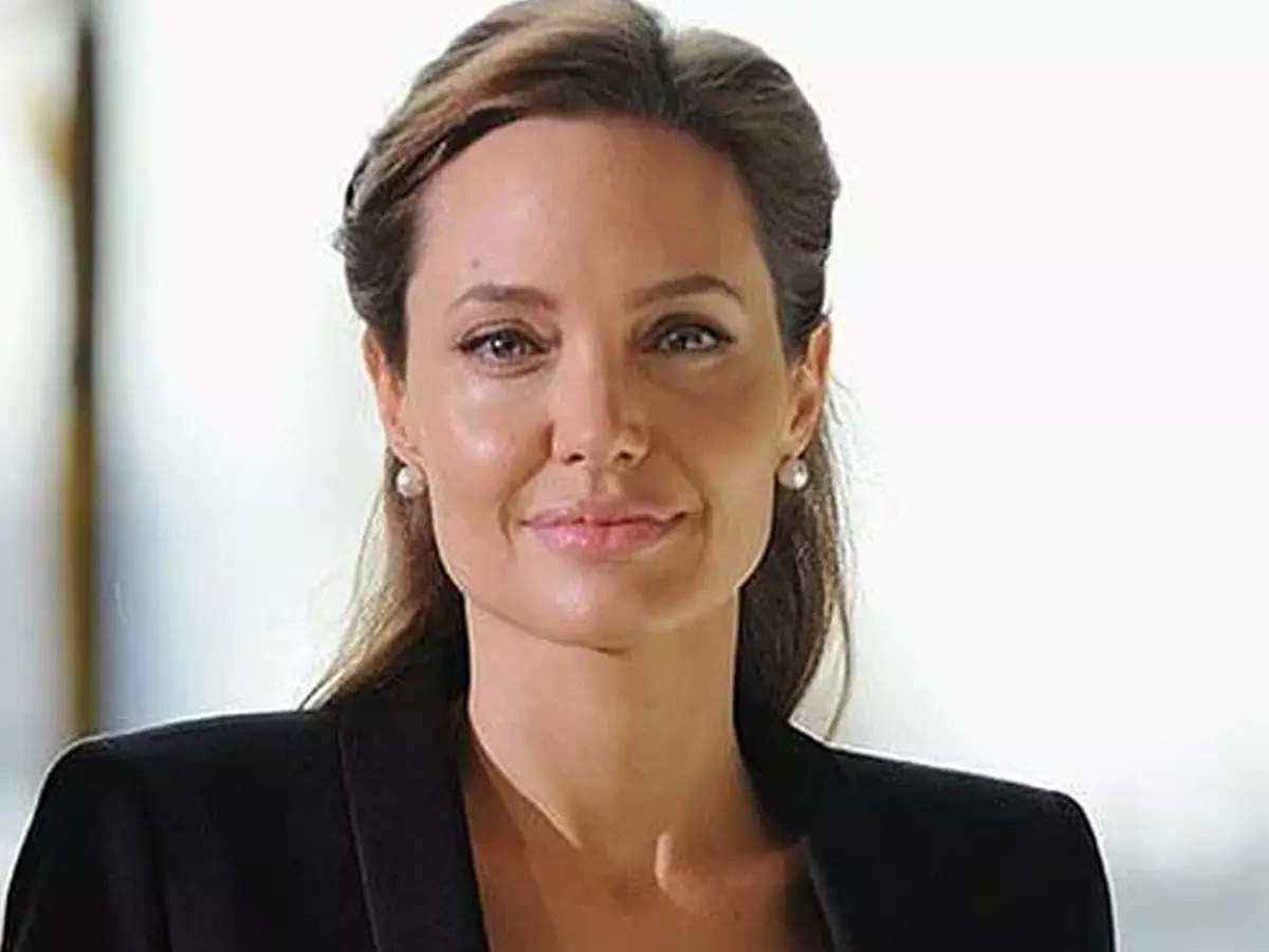 Angelina Jolie shares a letter from an Afghan girl: Angelina Jolie shares a letter from an Afghan girl