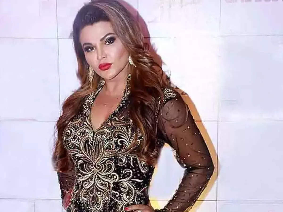 Rakhi Sawant Main Hoon Na Audition: Rakhi Sawant Hide Glamorous Clothes: Rakhi Sawant reveals how she had to hide her clothes from the people around her.
