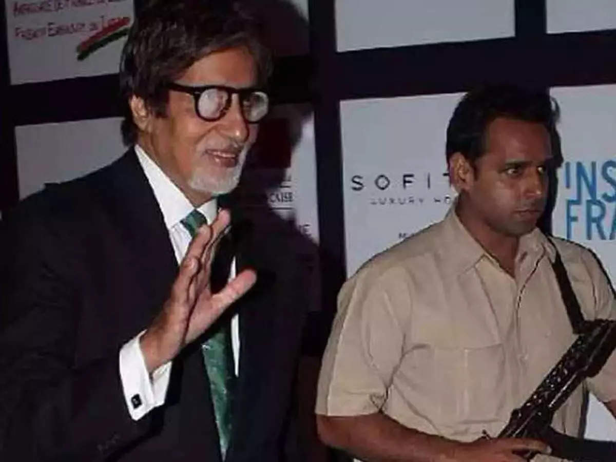 Amitabh Bachchan Bodyguard Jitendra Shinde: Amitabh Bachchan Bodyguard Jitendra Shinde Salary is higher than Doctor-Engineer, you will be shocked to hear – Amitabh Bachchan Bodyguard Jitendra Shinde's staggering salary will surprise you