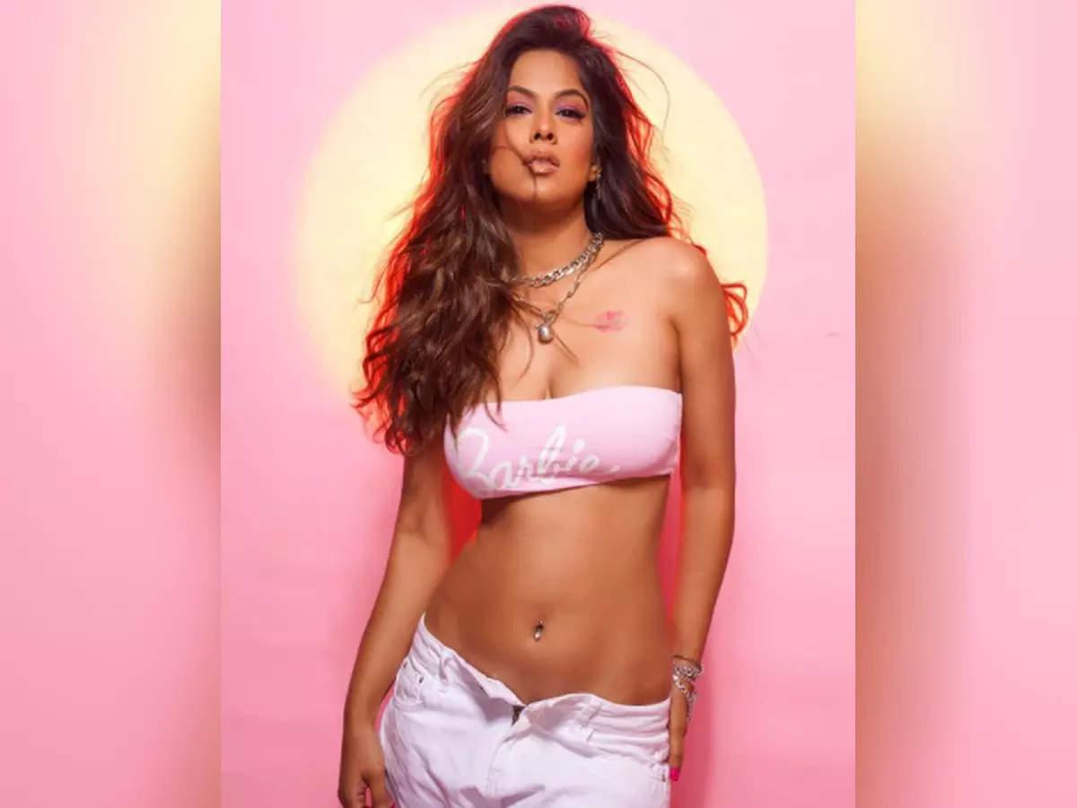 Nia Sharma shares bold photos on Instagram: Nia Sharma shares hot pictures on Instagram