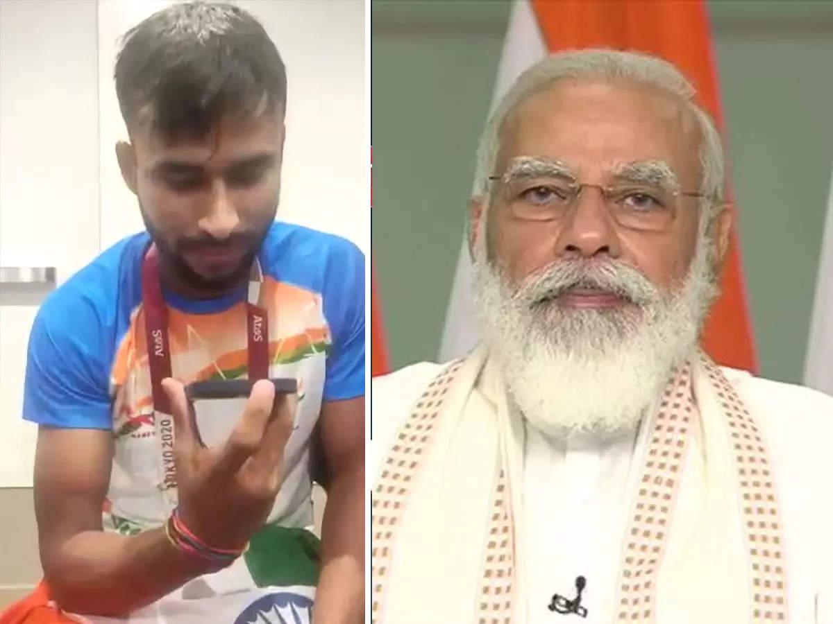 Prime Minister Narendra Modi: Prime Minister Narendra Modi congratulated Praveen Kumar on winning the Tokyo Paralympic 2021 silver medal;  PM Modi congratulates Praveen Kumar: PM Modi talks to Praveen Kumar, congratulates him on winning silver medal