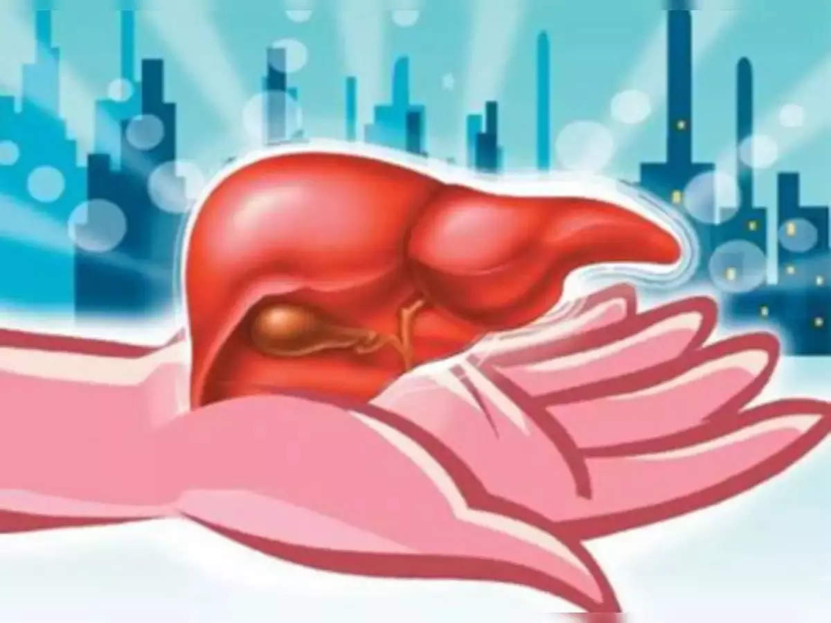MP News: A young businessman saved his father's life in Indore by donating a liver