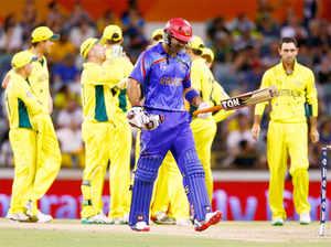 ऑस्ट्रेलिया ने निर्धारित 50 ओवरों में 6 विकेट खोकर 417 रन बनाए।