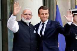 Image result for पीएम मोदी WITH  फ्रांस के नवनिर्वाचित राष्ट्रपति इमैन्युअल मैक्रों