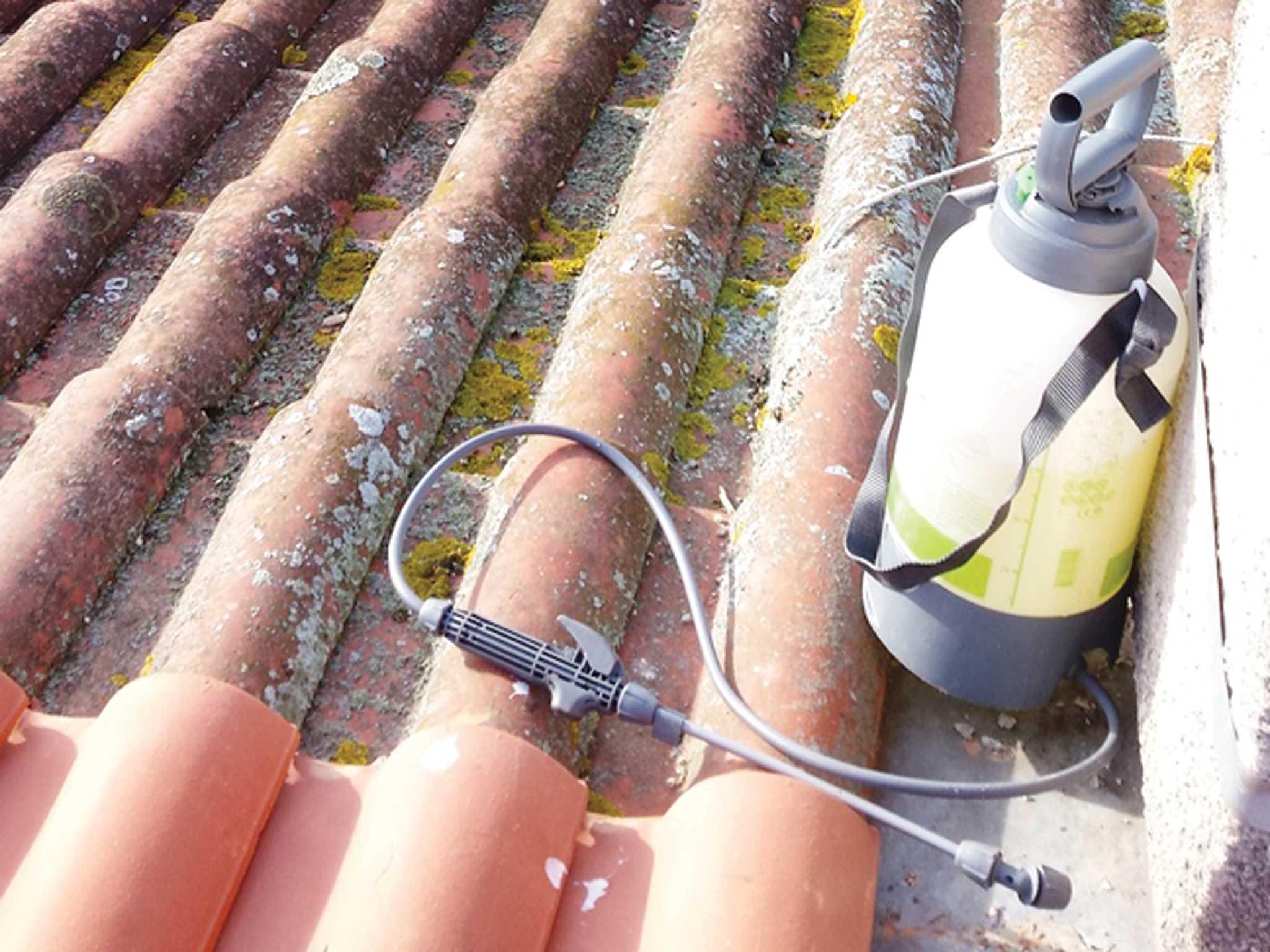 entretien-toit-couvreur-Naveri