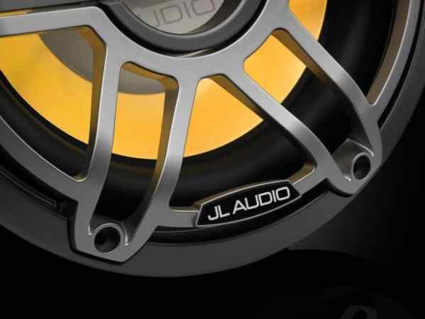 JL Audio M6-10IB-S-GmTi-i-4 Marine Subwoofer gelb