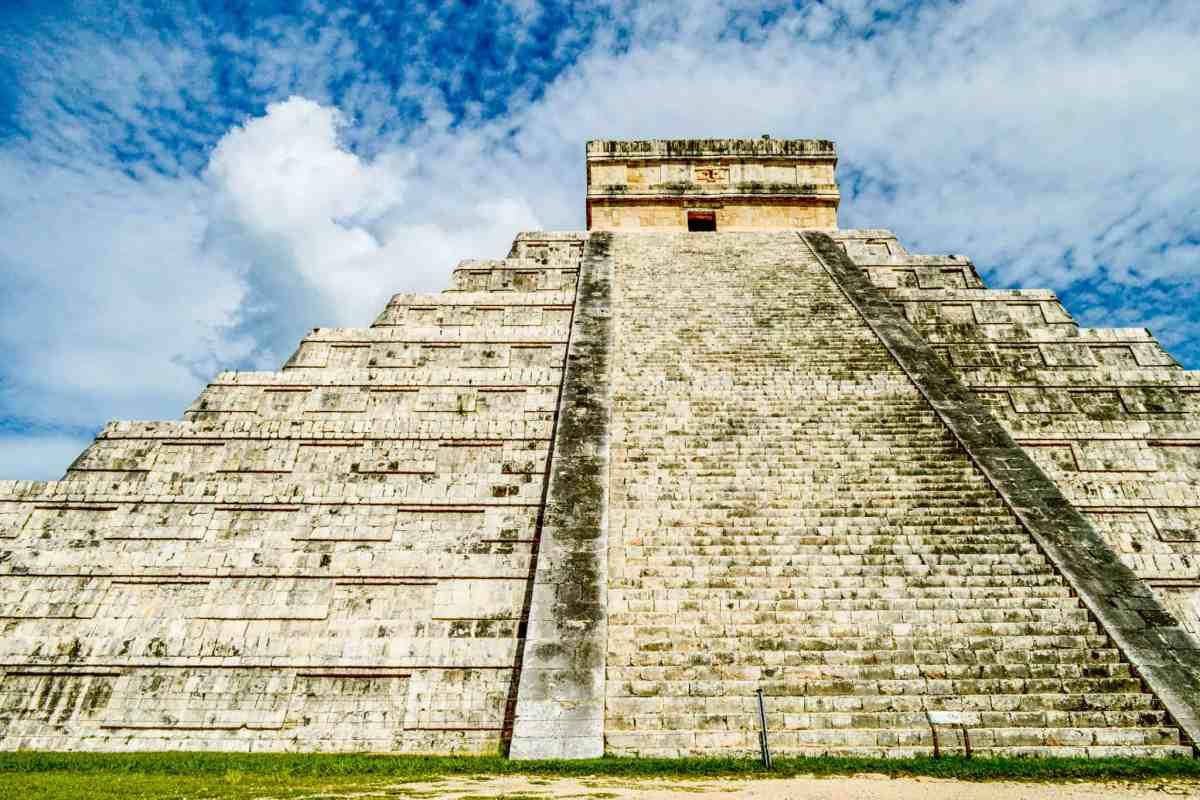 The Mayan Pyramid Chichen Itza in Mexico