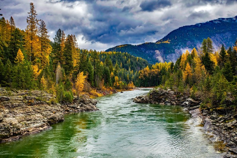 Glacier National Park, fall foliage in the US