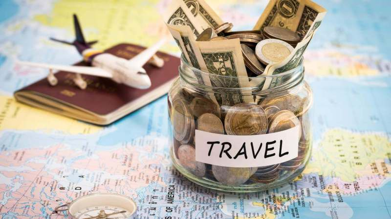 5 Easy Ways to Save Money to Travel