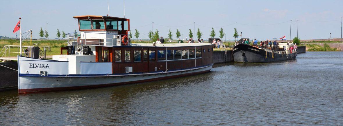 elvira en sailboa in haven amsterdam ijburg
