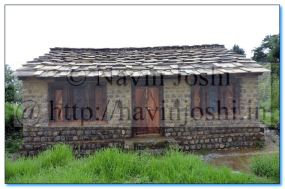 Hilly House in Nainital Hanumangarhi Park