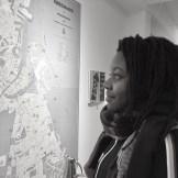 """Hvorfor vil du gerne være frivillig her? Tabita Mirembe, læser Socialt Arbejde på Københavns Universitet: """"Fordi jeg rigtig gerne vil give borgerne en stemme, så de kan tale deres erfaringer i deres møde med systemet. Og så forhåbentligt få genetableret en tillid til systemet hos nogle af dem, som har haft dårlige oplevelser."""""""