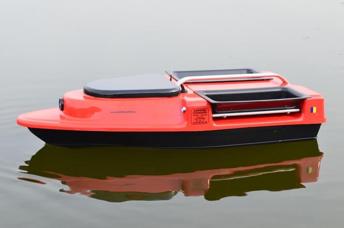 navomodel 2017 barca de plantat si nadit