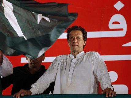 पाकिस्तानी कारोबारियों का बुरा हाल