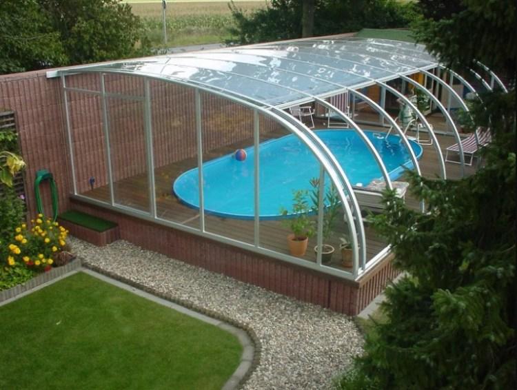 бассейн под навесом