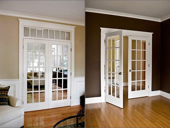 белые двери с остеклением