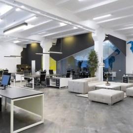 Как правильно организовать освещение офисных помещений? Советы