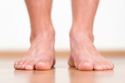 足の指2 - 足脱毛定額制プラン|【メンズ脱毛専門店NAX】