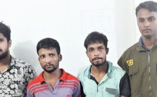 মোবাইল সেট, ৩শ ইয়াবাসহ ৩জন আটক চট্টগ্রামে
