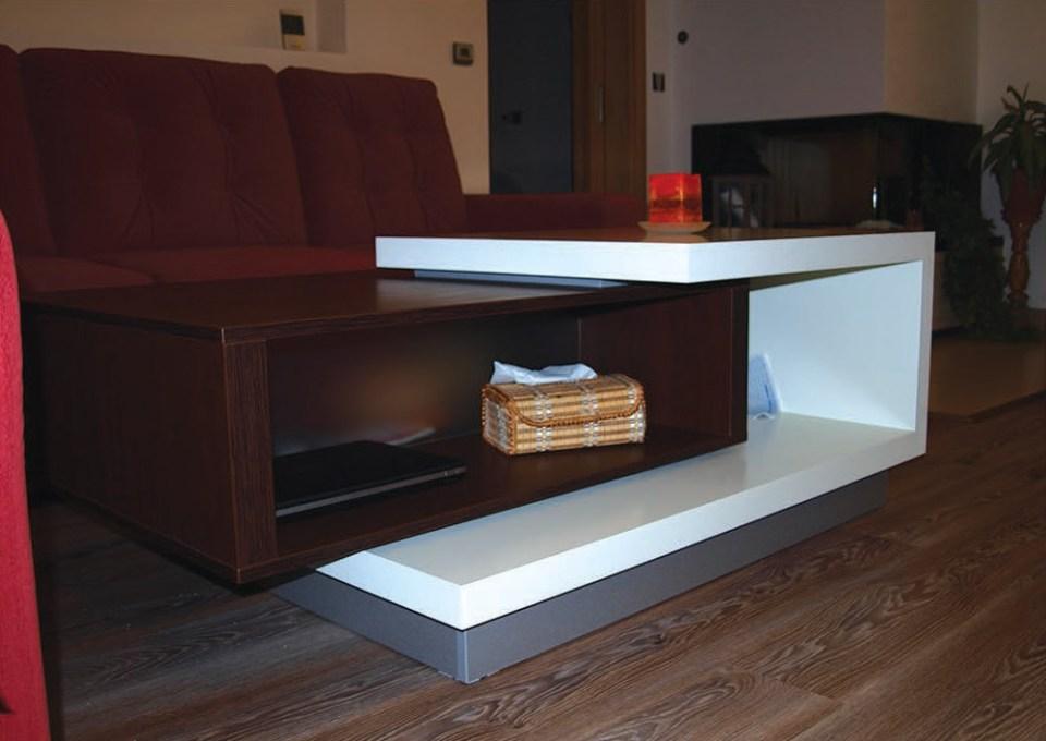 Moderní konfereční stolek na míru