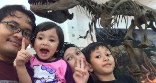kehangatan keluarga kecil bahagia