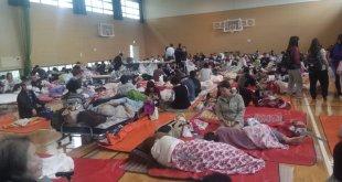 """Suasana di tempat pengungsian """"Shelter"""" Gymnasium Oe Kumamoto hari pertama"""