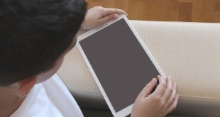 Cara Praktis Atur Jadwal Anak Bermain Gadget