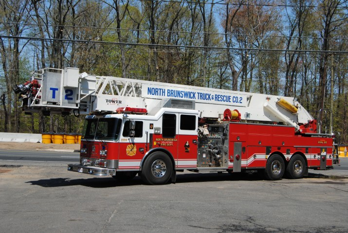 Tower 209 1993 Seagrave 105' Apollo 1500 GPM Pump, 300 Gallon Tank