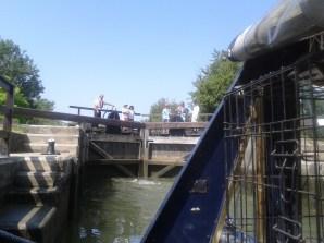 Eynsham Lock and helpers