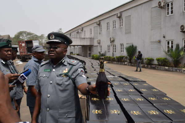 The Nigerian Customs Service (NCS), Federal Operation Unit (FOU) Zone 'B' says it has seized various goods with Duty Paid Value (DPV) of N62.6 million in the past one week. Mustafa Sarkin-Kebbi, the Controller of Custom in charge of the Zone, stated this at a news conference on Tuesday in Kaduna. Sarkin-Kebbi disclosed that a […]
