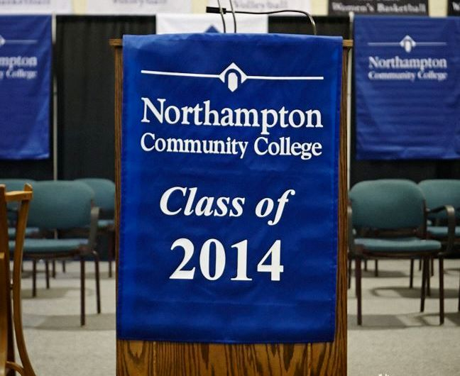 Heartwarming commencement speech drives 2014 graduating class