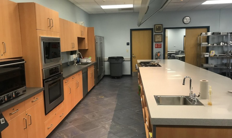 DEMO Kitchen dishes it out at Fowler