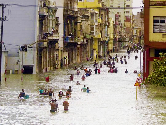 Waist-high flood waters caused by Hurricane Irma's incredible downpour leaves thousands stranded in Havana, Cuba. Photo courtesy of Ramon Espinosa.